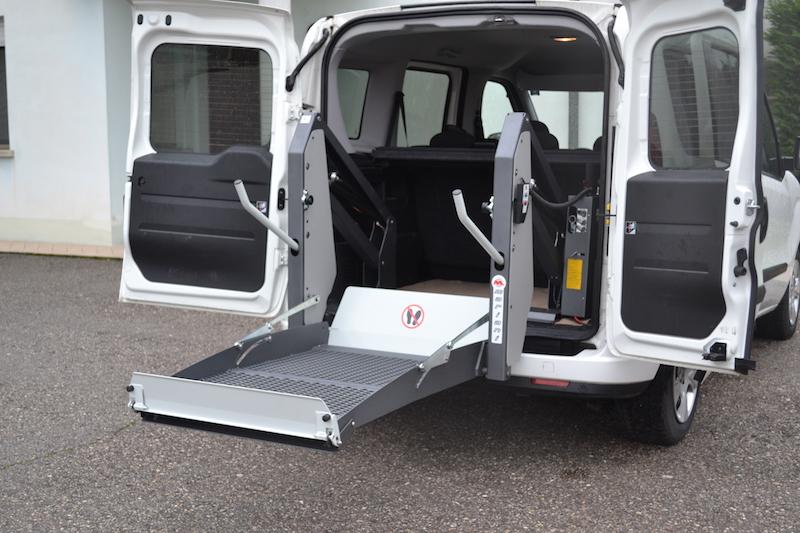 Wheelchair Vehicle Lift @ The Ramp People