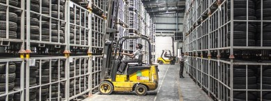 Vehicles and industrial equipment are the biggest cause of accidents in warehouse environments