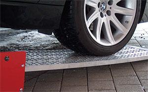 Car loading ramp